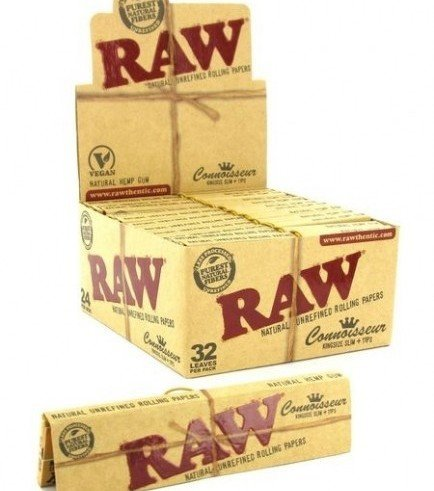 RAW Connoisseur Rolling Papers King Size + Tips