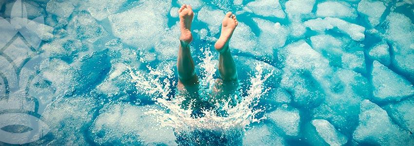 Probiere Eine Kaltwassertherapie Aus